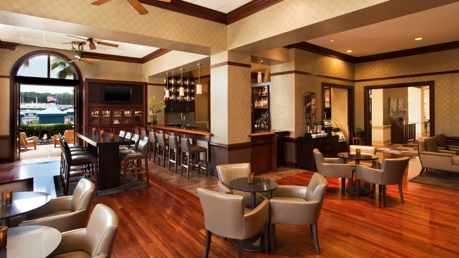 Midnight Sun Lounge | The Westin Savannah Harbor Golf Resort & Spa